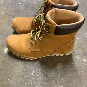 🛍🎀SALE!! All must go!🎀 Women's Timberland boots